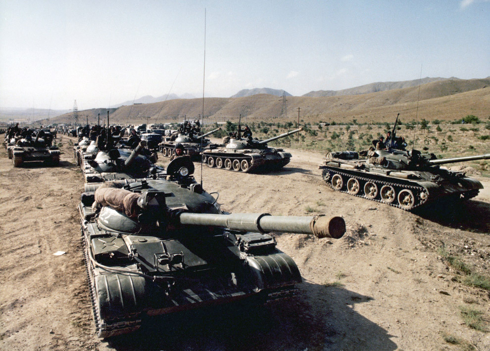 soviet afghan war The soviet war in afghanistan was a war initially fought between the forces of the afghanistan government and foreign mercenaries without proper equipment and.